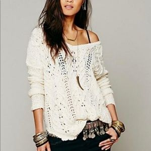 Free People white cable knit sweater size large